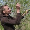 Thumb ossi kakko foraging