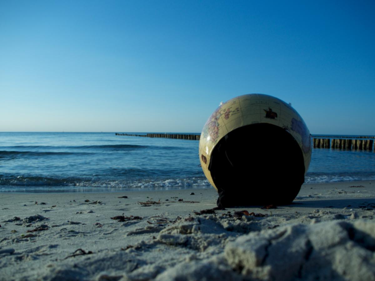 Twelvehundred ced beach small